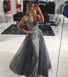Barato Mini Miss Sexy-Elegante Grey Long Evening Dresses Com Destacável Organza Trem Sexy V-Neck Beading Lace 2017 Long Prom Gowns Pageant Miss Vestido de beleza