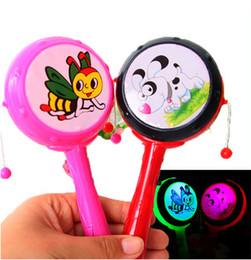 Discount clapper toy - Light emitting colorful rattle rattle rattle rattle flash selling children's toys wholesale