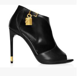 Großhandel Großhandel Stöckelschuhe Frau Pumps Retro Square Toe Red Hochzeit Schuhe High Heels Ältere Chunky Heels Damen Schuhe Zapatos Mujer Von