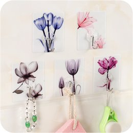 Discount cup holder stick - Household Creative Flower Pattern Hook Hanger Wall Door Shelf Self-adhensive Stick Holder with Hook Kitchen Bathroom Mul