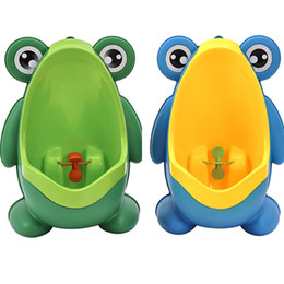 $enCountryForm.capitalKeyWord Canada - Frog Boys Kids Babies Toilet For Bathing Tubs Children Stand Vertical Urinal Boys Penico Pee Infant Toddler Wall-Mounted HH-T65
