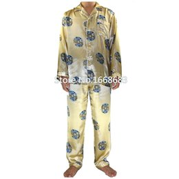 Barato Pijamas Atacado Chinês-Atacado-Autumn New Gold Men Chinese Silk Pijamas Set completo manga Pijama Suit 2PCS ShirtPant Pijamas Tamanho S M L XL XXL XXXL S0043
