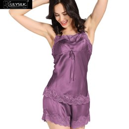 Barato Roupa De Dormir Luxo Sexy-Atacado- Lilysilk Real Silk Pijamas Mulheres Set Cetim Sexy Lace Sleepwear 22 Momme Camisole Com Shorts Cute Ladies Luxury Sleeping 2016