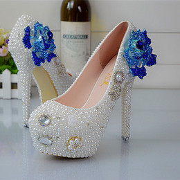 $enCountryForm.capitalKeyWord Canada - Handmade Soulmate Pattern White Pearl Wedding Shoes Rose Flower Style Rhinestone Women Pumps Bridesmaid shoes Size 34-45