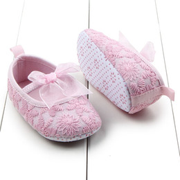 babys shoes 2019 - Wholesale- Newborn Babys Infants Girls Shallow Toddler Soft Sole Crib Shoes Prewalkers 0-12M Hot cheap babys shoes