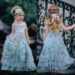 unique christening dresses girls 2019 - Vintage Flower Girl Wedding Dresses Halter Princess Kids Birthday Party Gowns Unique Design 3D Hand Made Flowers Lace Gi