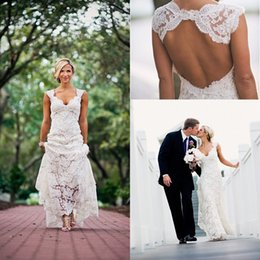 Chinese  2019 Cheap Full Lace Wedding Dresses Country Style V-neck Cap Sleeves Keyhole Back A Line Vintage Custom Made Bridal Gowns Vestios manufacturers