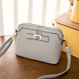 Ladies Designer Handbags Sale Online | Ladies Designer Handbags ...