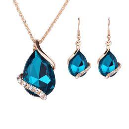 China Crystal Water Drop Pendant Necklace Earrings Set Rhinestone Tear Drop Earrings Women Party Jewelry Set Bride Bridesmaid Wedding Jewelry suppliers