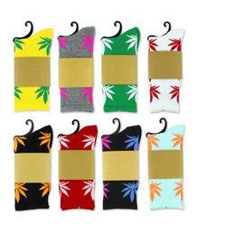 38 colori Natale calze vita vegetale per uomo donna alta qualità calze di cotone di skateboard hiphop foglia d'acero calzini sportivi dhl gratis