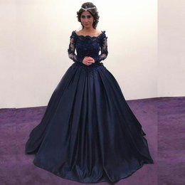 Barato Vestido Longo Laço Da Marinha Noite-Ball Gown Prom Dresses 2017 Dark Navy Bateau Neck Illusion Manga comprida Beaded Lace Appliques Long Evening Formal Evening Gets Corset Back