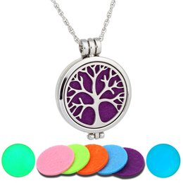 $enCountryForm.capitalKeyWord Australia - 2019 Luminous Aromatherapy Necklaces Tree of Life Locket Pendant Essential Oil Diffuser Necklace Fashion Jewelry Christmas Gift B428Q F