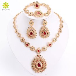 $enCountryForm.capitalKeyWord NZ - Bridal Jewelry Sets High Quality Gold Plated Jewelry Set Trendy Necklace Earrings Bracelet Set For Women Dubai Jewelry Set