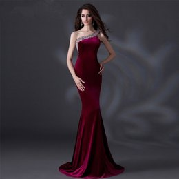 Barato Baile De Formatura Sexy-SSYFashion Luxury Velour Banquet Evening Dress Sexy One Shoulder com Sequined Fishtail Long Party Prom Dresses Custom Catwalk Dress