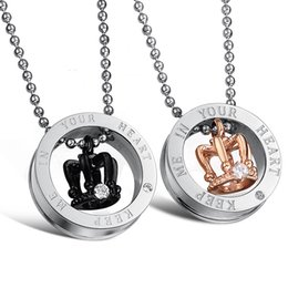$enCountryForm.capitalKeyWord Canada - His & Hers Stainless Steel Princess Crown Pendant Love Necklace Set Couples Jewelry for Lover Valentine Anniversary Gift