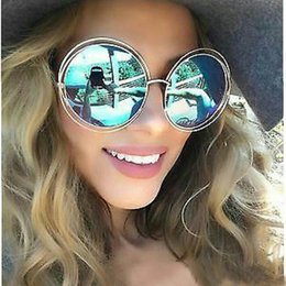 4aa72eefa3 Nuevo diseñador de la marca gafas de sol redondas de gran tamaño de tamaño  grande Retro gafas de sol espejo dama mujer Japón UV400 venta caliente  VE0103