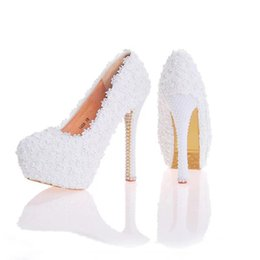 $enCountryForm.capitalKeyWord UK - Lace Flower Wedding Shoes Beautiful Handmade Women High Heels Girl Party Prom Pumps Bridal Shoes White Pink Black Blue Color