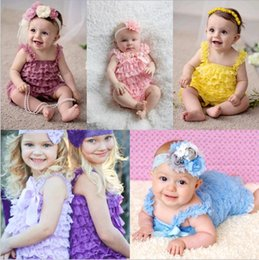 Barato Lace Rifled Jumpers-Atacado Baby Lace Romper Doce Garotas Ruffled Lace Rompers Solid Candy Colorido Infant Toddler Jumpers Baby Girls Bodysuits 31 cores escolher