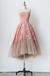$enCountryForm.capitalKeyWord Canada - New 2016 Real Photo Pink Lace A Line Evening Dress with Strapless Sleeveless Knee Length Prom Party Gowns In Stock Cheap Women Dress