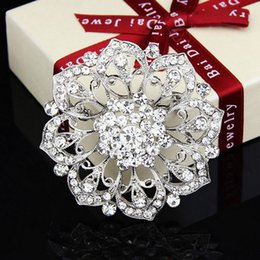 $enCountryForm.capitalKeyWord Canada - Jewelry Europe And The United States Jewelry Fashion Multicolor Big COLORFUL Flower Crystal Brooch For Women 2016 Wholesale Jewelry B031