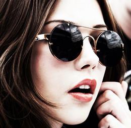 1d65f0455ee4 2018 New Women Round Steampunk Sunglasses Black Vintage Hipster Glasses Men  Cool Punk Gold Metal Eyewear Women Fashion Glass 170823