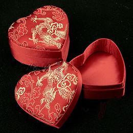 $enCountryForm.capitalKeyWord NZ - Cute Small Love Heart Wedding Ring Gift Box Jewelry Packaging Case Chinese Silk brocade Floral Decorative Cardboard Storage Boxes