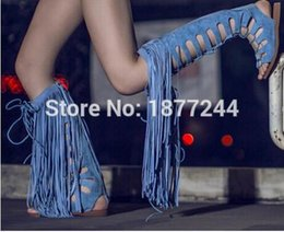 $enCountryForm.capitalKeyWord NZ - Hot Sale Summer Fringed Knee High Sexy Lady Flats Sandal Boots Cut-outs Women Long Gladiator Suede Boots Shoes Tassel Decoration