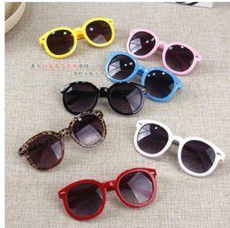 Baby Mirrored Glasses Canada - 2017 Vintage Round Sun Glasses Children Arrow Glass Baby Boys Girls Kids Sunglasses Summer Goggles Oculos De Sol Gafas
