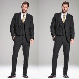 Barato Manto Preto Smoking-Handsome Classic Black Men Tuits Smoking para o casamento Frete grátis Two Pieces Groom Trajes de Noiva Custom Made Groomsmen Suits Jacket + Pants