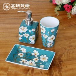 2017 bathroom accessories kit 3pcs set fashion hand painted ceramic sanitary ware floral birds pattern bathroom