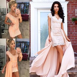 $enCountryForm.capitalKeyWord NZ - 2018 Coral Lace Short Prom Dresses With Removable Train V Neck Bodice Applique Cocktail Party Club Dress BA7167