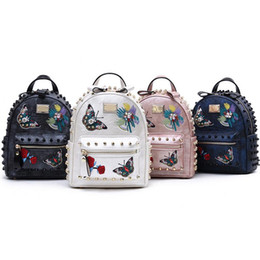 $enCountryForm.capitalKeyWord UK - 2017 new butterfly rivet backpack butterfly flower embroidery personalized backpack fashion casual travel bag computer Backpack Style