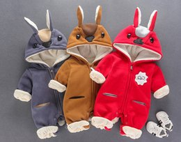 Barato Macacão De Inverno Para Bebês-Outono Inverno New Arrival Cartoon Warm Clothes Bebê Wollen Rompers Infant Little Kids Lovely Jumpsuit 3 Colors Baby Clothing