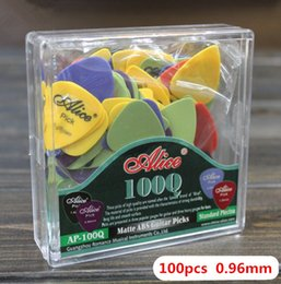 $enCountryForm.capitalKeyWord Canada - 100pcs High Quality Thin 0.96mm Acoustic Electric Guitar Picks parts Plectrums musical instruments