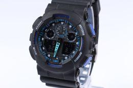 Vente en gros Date des montres de sport pour hommes Montres-bracelets imperméables Montre numérique de luxe 13 couleurs