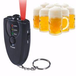 Großhandel Neue Mini-Alkohol-Tester ohne Bildschirm-D-Lampe tragbare Prüfgeräte Hohe Qualität Freies Verschiffen