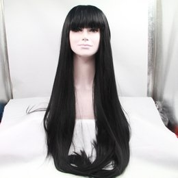 Top belleza mejor venta pelucas rectas pelucas delanteras del cordón sintético pelo largo con flequillo resistente al calor para las mujeres negras color natural en venta