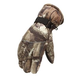 Windproof Thermal Gloves Unisex UK - High Quality Windproof Winter Snowboard Skiing Men Gloves Outdoor Sports Riding Thermal Thick Warm Full Fingered Gloves