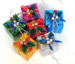 $enCountryForm.capitalKeyWord NZ - 6pcs 6cm Gift Box Bow chain Pendant ornament For Christmas Party Holiday Tree Venun Hanging Decoration