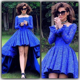 Robes Bleues Très Hautes Pas Cher-Vintage Full Lace Royal Blue Robes de bal 2017 New Design Square Neckline A Line High Low Style Long Sleeves Evening Party Gowns Arabe