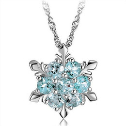 China Fashion Silver Plating Wedding Jewelry Cubic Zirconia Snowflake Star Pendant Necklace Women Girl Party Accessories Austrian Crystal Necklace cheap girl chain love suppliers