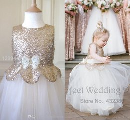 Barato Saia Branca Cinto De Ouro-Cute Metallic Flower Girl Dresses 2016 New Kids Rose Gold Sequin White Tulle Skirt Belt Bow Puffy Pageant Long Prom Gowns BA1411