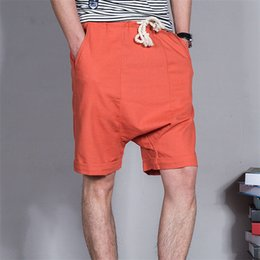 Barato Shorts Soltos Baixo-Atacado-2016 Summer Men's linho shorts Causual Loose Beach Shorts Moda cor pura Basketball Shorts Low Fork Across Shorts M-4XL