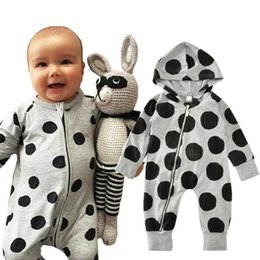 Infant Winter Suits NZ - Baby Rompers Black Dots New Kids Clothing Sets Winter Autumn Spring Long Sleeve Baby Casual Suits Infant Rompers 0-24M