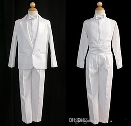 $enCountryForm.capitalKeyWord Canada - Fashion Custom Made Little Men White One Buttons Suits Notch Lapel Boy's Formal Occasion Wedding Party Tuxedos(Jacket+Pants)