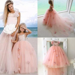chocolate peaches Australia - 2017 Peach Girls Pageant Birthday Party Gowns Lovely Spaghetti Lace Tulle Ball Gown 3D Floral Appliqued Long Train Flower Girl Dress EN10112