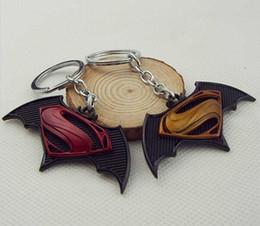 Superhero Keychains Canada - Cartoon Superman vs batman keychain superhero keychain Batman keychains key rings gift key holder for cars