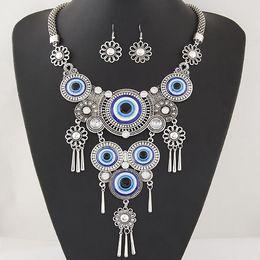 $enCountryForm.capitalKeyWord NZ - New Arrival 2016 Vintage Turkey Blue Eyes Short Necklaces Earring Sets Women Alloy Flower Earrings Tassel Pendant Necklace Antic Silver Gold