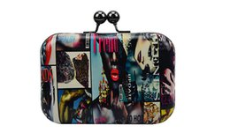 China Female bag wholesale in Europe and the 2016 summer new shell mini graffiti bag handbag with single shoulder bag, evening bag suppliers