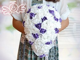 $enCountryForm.capitalKeyWord NZ - Romantic Artificial Teardrop Bridal Wedding Bouquets With Pearls White And Purple Rose Flowers For Bride Bridesmaid New Design Hot Sale